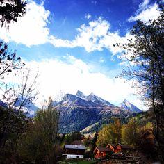 Beautiful Ovronnaz @Ovronnaz, Switzerland #ovronnaz #switzerland Places In Switzerland, Mount Everest, Beautiful Places, Mountains, Nature, Travel, Viajes, Naturaleza, Destinations