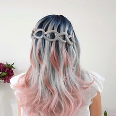 Rose gold hair color is here to stay and we are living for it! Read on for ideas on how to turn your rose gold hair color dreams into a reality. Box Braids Hairstyles, Cool Hairstyles, Mermaid Hairstyles, Hairstyle Braid, Braid Hair, Underlights Hair, Hair Color Purple, Grunge Hair, Gold Hair