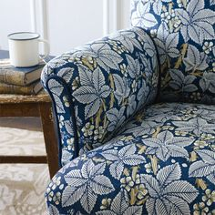 The Original Morris & Co - Arts and crafts, fabrics and wallpaper designs by William Morris & Company | Products | British/UK Fabrics and Wallpapers | Bramble (DM3P224462) | Archive III Prints