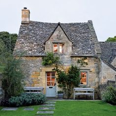 Escape to this eighteenth-century cottage in the Cotswolds