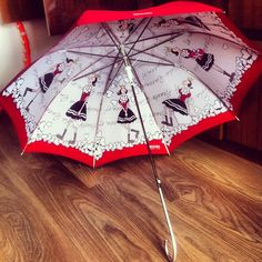 Photo by kristina_sid #moschino #mymoschino #umbrella #oliver