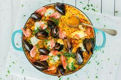 Paella med norske råvarer | Coop Mega Ratatouille, Paella, Curry, Yummy Yummy, Ethnic Recipes, Food, Curries, Eten, Meals