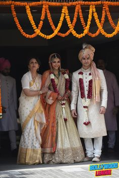 Soha Ali Kjan and Kunal Khemu's Wedding Reception Photos #bollywood bollywood #bollywood #news #photography #fashion #latest #top #india #style #beauty