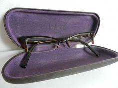 LAFONT Montures de lunettes http://www.videdressing.com/montures-de-lunettes/lafont/p-2773104.html?&utm_medium=social_network&utm_campaign=FR_femme_accessoires_2773104