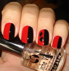 Nic's Little World: Week Of Halloween: Harley Quinn NOTD