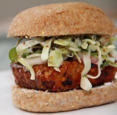 BBQ Tempeh Sandwich Recipe (vegan, gluten-free) #vegan #sandwich #recipe