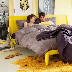 AUPING  Essential bed met pootverhoging tot een comforthoogte van bed 61 cm met een Vivo matras Kleur : yellow Designers : Duitse ontwerpduo Claudia Köhler en Irmy Wilms