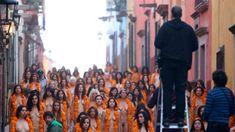 Foto: En las calles de San Miguel de Allende en conmemoración del día de muertos/ EFE