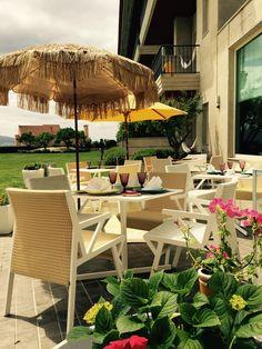 Augusta Spa Resort (Sanxenxo) Outdoor Furniture Sets, Outdoor Decor, Resort Spa, Table Decorations, Home Decor, Green, Decoration Home, Room Decor, Home Interior Design