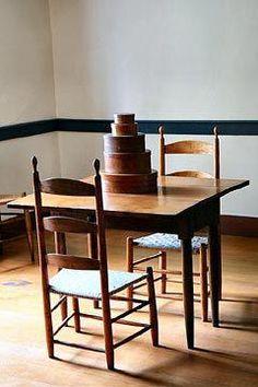 Shaker Furniture - Photo by Gary Eldridge Shaker Furniture, Small Furniture, Handmade Furniture, Home Furniture, Furniture Design, Estilo Shaker, Prim Decor, Shaker Style, Wabi Sabi