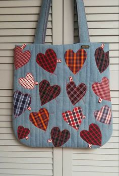 Denim bag, shoulder bag 100 % upcycled blue jeans in patchwork style, The Japanese patchwork style Boro & sashiko Denim Tote Bags, Denim Purse, Patchwork Bags, Quilted Bag, Japanese Patchwork, Denim Patchwork, Denim Bag Patterns, Purse Patterns, Sewing Patterns