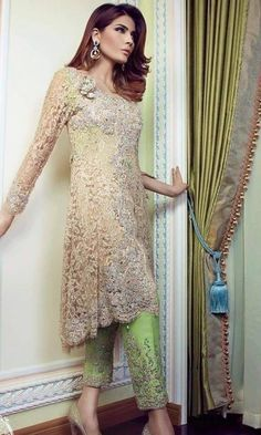 Need to know about the best quality punjabi suits online including products like punjabi wedding suits Pakistani Wedding Outfits, Pakistani Wedding Dresses, Indian Dresses, Indian Outfits, Punjabi Wedding, Pakistani Couture, Pakistan Fashion, Desi Clothes, Indian Designer Wear
