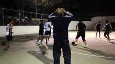 futbol abuelo - YouTube