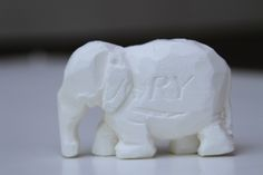 Elephant carved out of Ivory soap bar. Soap Carving Patterns, Diy Soap Carving, Kids Art Class, Art For Kids, Soap Sculpture, Easy Easter Crafts, Kids Crafts, Ivory Soap, Elephant Sculpture