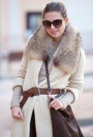 Warm layering. Fur collar. Brown belt.
