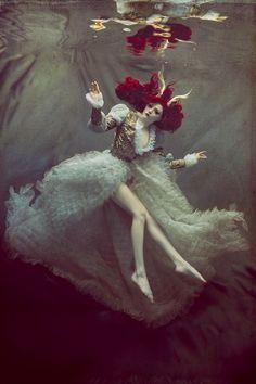 Cheryl Walsh #fantasy #underwater #photography