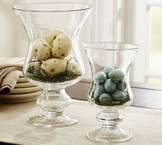 Everything looks special in a hurricane vase !  You can do so much with this type of vase !