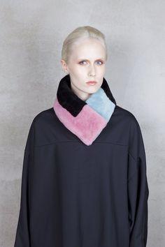 Onar TETRIS Pink Aqua Merino Shearling Collar