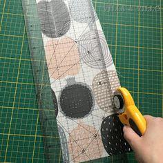 Villa ja Villa: DIY meikkipussi tai pussukka (versio 2) Diy Bags Purses, Villa, Home Crafts, Homemade, Fork, Villas