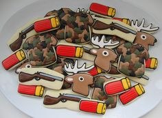 hunting cookies my dad would love the theme Fish Cookies, Man Cookies, Iced Cookies, Cute Cookies, Sugar Cookies, Frosted Cookies, Hunting Birthday, Boy Birthday, Birthday Parties