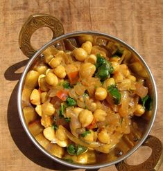 Recepty z Indie: Cícer na cibuľke Garam Masala, Chana Masala, Indian Food Recipes, Healthy Recipes, Ethnic Recipes, Good Food, Yummy Food, Fruits And Vegetables, Salads