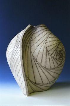 Yu Ying Huang - Bowl #ceramics #pottery #vessel:
