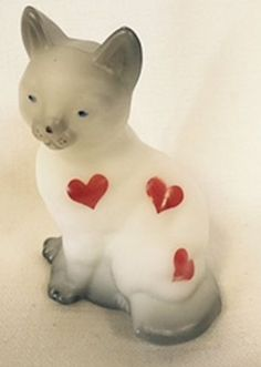 Fenton Art Glass Sitting Cat Gray with Red Hearts *American Made* Rosso Glass http://www.amazon.com/dp/B00RXYTG1A/ref=cm_sw_r_pi_dp_khBSub1XY8TNK