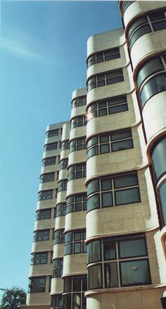 ღღ Berlin, Shell Haus ~~~ Click this link for more info about this architectural beauty http://www.berlin.de/orte/sehenswuerdigkeiten/shellhaus/index.en.php?lang=en