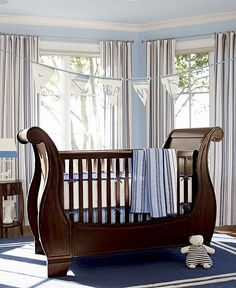 Obsessed with this pottery barn crib!