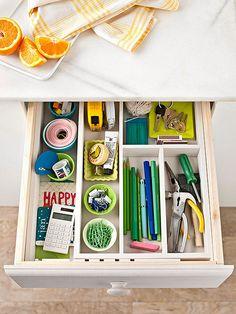 Organized kitchen drawer #organized #kitchen
