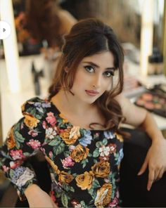 Sajal aly looks ethereal in this shoot Pakistani Models, Pakistani Girl, Pakistani Actress, Beautiful Pakistani Dresses, Pakistani Bridal Dresses, Sajal Ali, Indian Bridal Fashion, Girl Attitude, Stylish Girl Pic