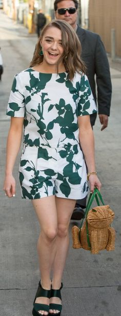 Maisie Williams in Kate Spade set and frog bag