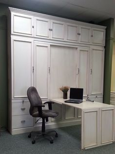 Murphy bed with a hidden desk in the face! WOW And the storage! Murphy Bed Office, Murphy Bed Desk, Murphy Bed Plans, Murphy Table, Desk Bed, Table Desk, Cama Murphy, Hidden Desk, Hidden Storage