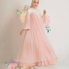 Aurora Sleeping Beauty, Victorian, Disney Princess, Disney Characters, Dresses, Fashion, Vestidos, Moda, Fashion Styles