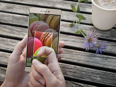 """Come P9 Huawei smartphone in four versions  Chinese company Huawei next flagship phone, also known as P9 would """"otherwise"""" have no less than four versions, when a new report will be issued. A VentureBeat REPORT citing a """"person with knowledge of the plans of the company"""" suggests that Huawei to launch the P9 in... ------------------------- Read More http://www.itmagazine.biz/2016/01/21/come-p9-huawei-smartphone-in-four-versions/ ------------------"""