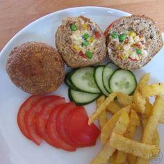 Masové koule plněné nádivkou - Masové koule plněné nádivkou z vajec a zeleniny Baked Potato, Potatoes, Baking, Ethnic Recipes, Food, Potato, Bakken, Essen, Meals