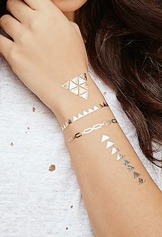 Dakota Flash Tattoos | Forever 21 | #beautymark