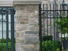 mortarless stone siding: this is the look for the cabin