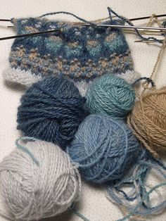 """Blogger: Carrie's """"...and another thing!"""" Bohus-inspired knitting"""