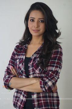 Tv Actors, Actors & Actresses, Surbhi Chandna, Celebs, Celebrities, Bollywood Actress, Glamour, Indian, Casual
