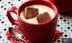 اصنعي بنفسك القهوة بالعسل و المارشميلو: المقادير كريمة لباني مخفوقة للتزيين,4 ملعقة كبيرة قهوةسريعة التحضير , ملعقة كبيرة عسل ,0.25 كوب…
