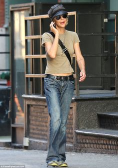 Meg Ryan in NYC, August 2013. Wow she looks like crap