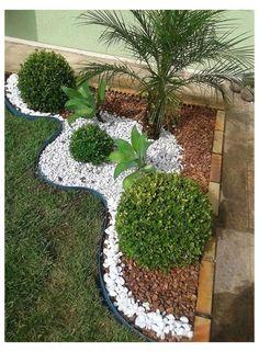 Front Yard Garden Design, Front Garden Landscape, Small Balcony Garden, Backyard Garden Design, Small Garden Design, Backyard Ideas, Backyard Patio, Corner Garden, Garden Shrubs
