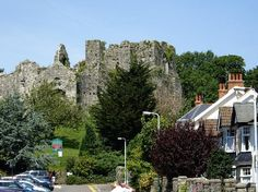 Oystermouth Castle (Swansea) - 2019 All You Need to Know Before You Go (with Photos) - Swansea, Wales Welsh Castles, Castles In Wales, Places To Travel, Places To See, Gower Peninsula, Somewhere In Time, Castle Ruins, Rock Pools, Beautiful Castles