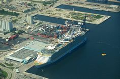 @RoyalCaribbean currently cruise ships out of @PortEverglades including Oasis of the Seas, Allure of the Seas, at T18