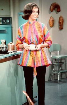 Laura Petrie's kitchen in color - Dick Van Dyke Show