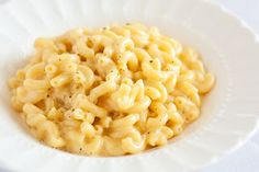 Mac and Cheese. 15 Minute Stove Top Mac and Cheese - comfort food at its finest and fastest with a few exciting ingredients! Best Macaroni And Cheese, Macaroni Cheese Recipes, Mac And Cheese Homemade, Pasta Recipes, Cooking Recipes, Healthy Recipes, Mac Cheese, Cooking Videos, Cheddar Cheese