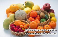 Algunas personas piensan que los pacientes con nefropatía diabética deben evitar las frutas, porque el azúcar en las frutas puede aumentar el nivel de glucosa en la sangre de estos pacientes