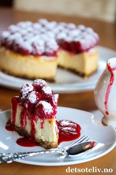 Something Sweet, Let Them Eat Cake, Greek Yogurt, Cheesecakes, Frisk, Raspberry, Sweet Treats, Dessert Recipes, Food And Drink