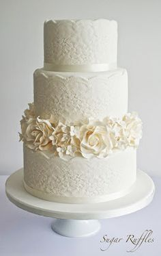 Sugar Ruffles: Lace Wedding Cake With Roses & Hydrangea